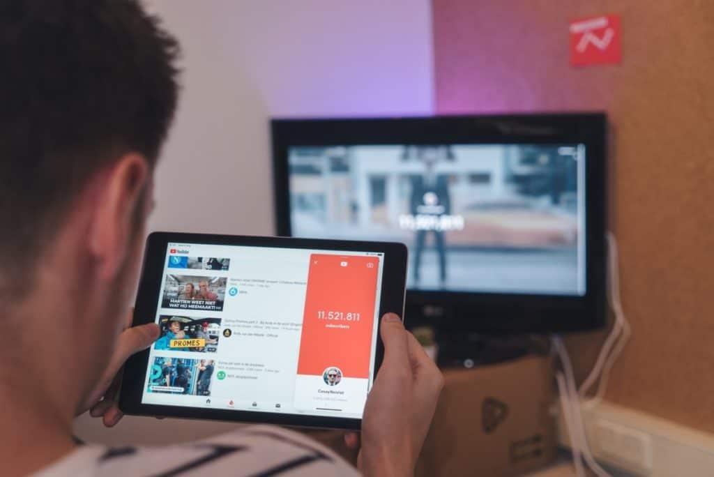 kako zaraditi novac putem YouTube